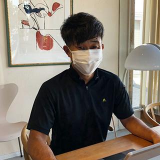 代表取締役 一級建築士 山口弘人 マスク